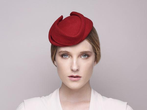 AVELIN Felt Fascinator – Justine hats d2d27c8acfd