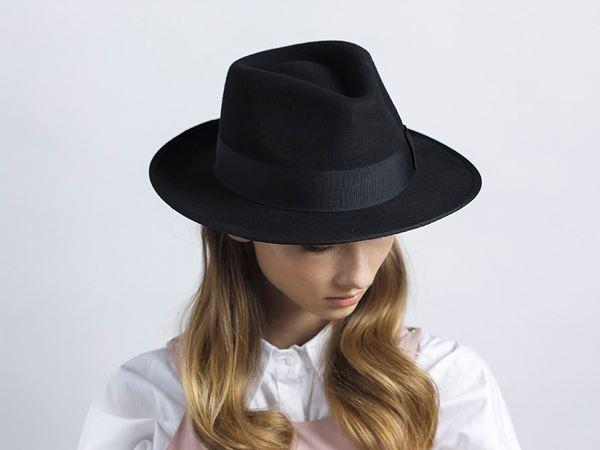 c875543f9f0a0 Classic Fedora BB – Justine hats