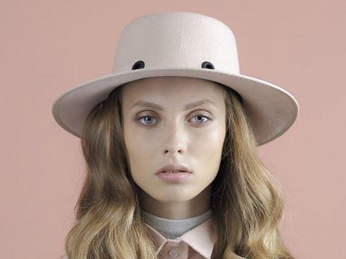 pink-felt-hat-for-women