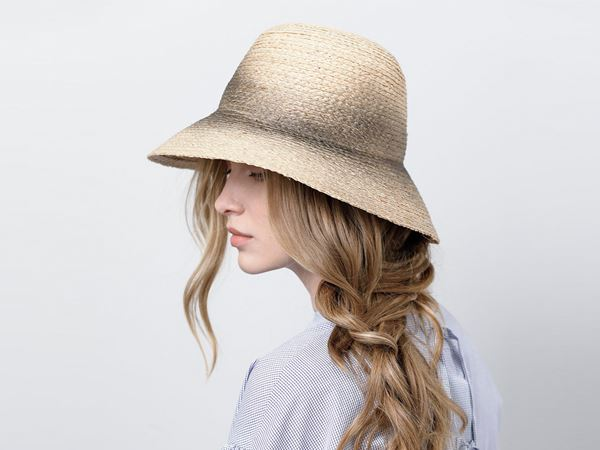 f7a084f563a1c Fashionable cloche hat – Justine hats